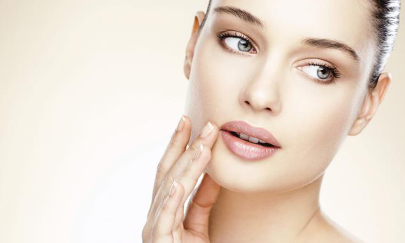 5 Tips For Clear Skin From Wellness Expert Dr.Lipman